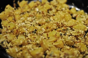Potatoes with poppy seed paste
